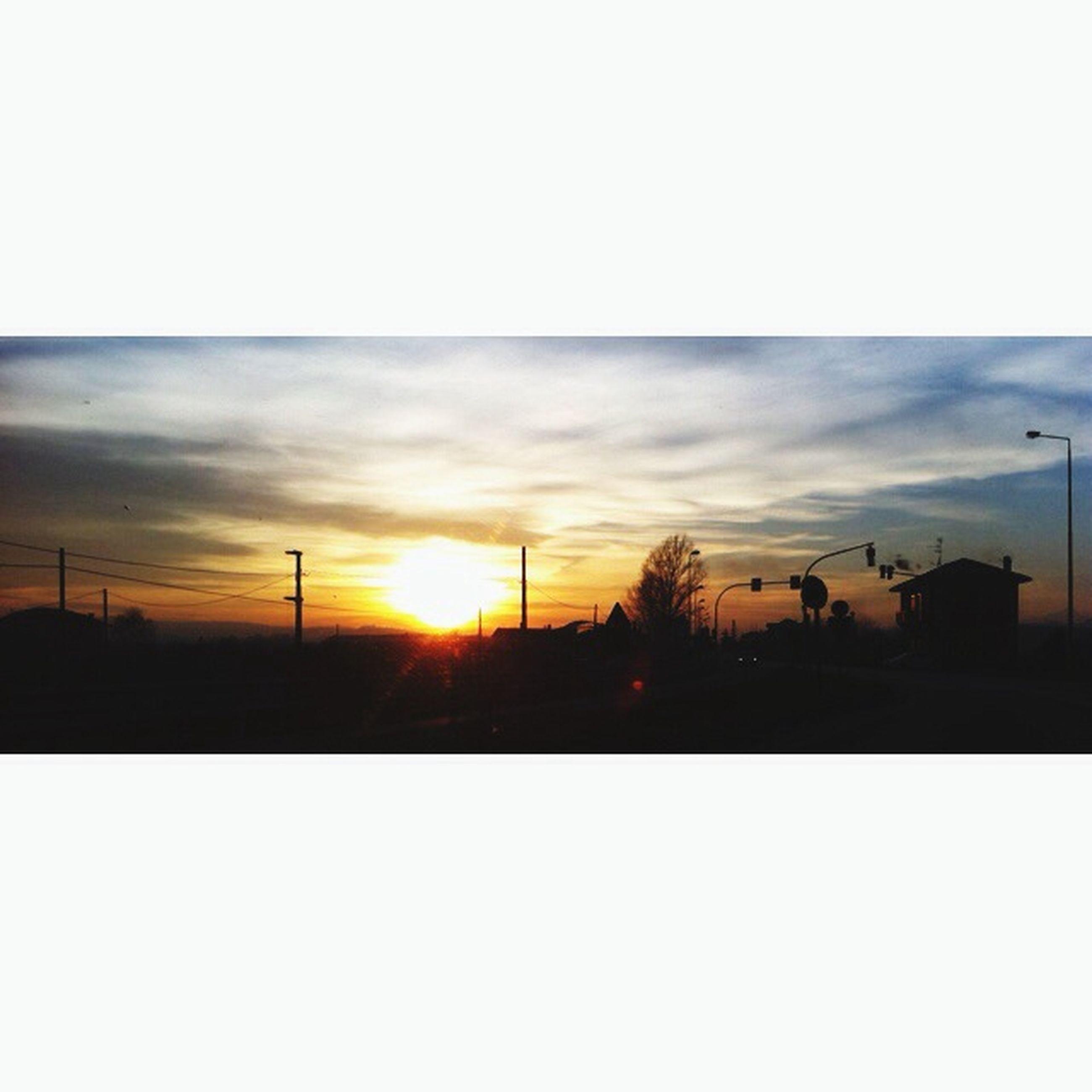 sunset, silhouette, sky, sun, tranquil scene, tranquility, scenics, beauty in nature, landscape, orange color, nature, transfer print, copy space, cloud - sky, tree, sunlight, field, idyllic, outdoors, auto post production filter