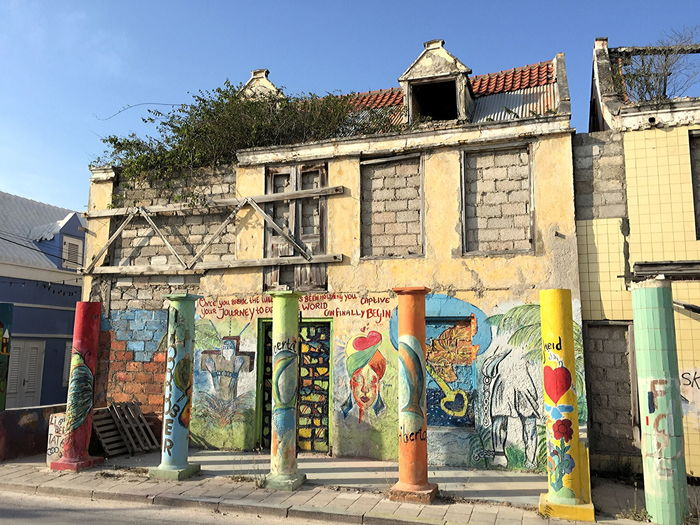 Pietermaai villa to be restored, Willemstad, Curaçao Architecture Building Exterior Built Structure City Curacao (willemstad) Day Graffiti & Streetart Monument Multi Colored No People Outdoors Pietermaai Preservation Restauration Restauration Project Sky Sunlight Tree