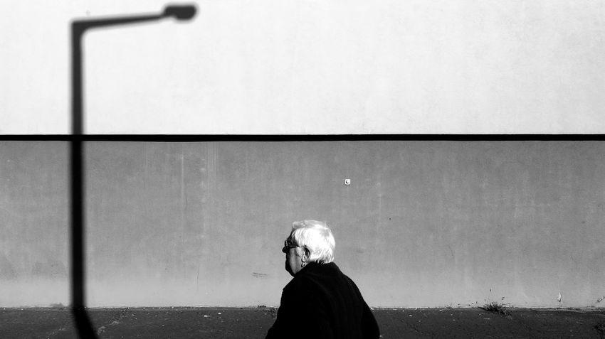 One Person Street Shadows & Lights Streetphotographer Streetphotographyintheworld Urban Impressions The Week On EyeEm Blackwhite Streetphotography_bw Black And White Photography Monochrome Photography Monochrome Collection Monochrome Photograhy