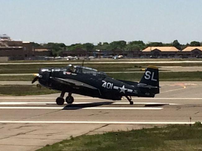 Airplane Ww2warbirds Airport Airshow