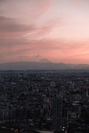 Sunset and mt. fuji in tokyo japan