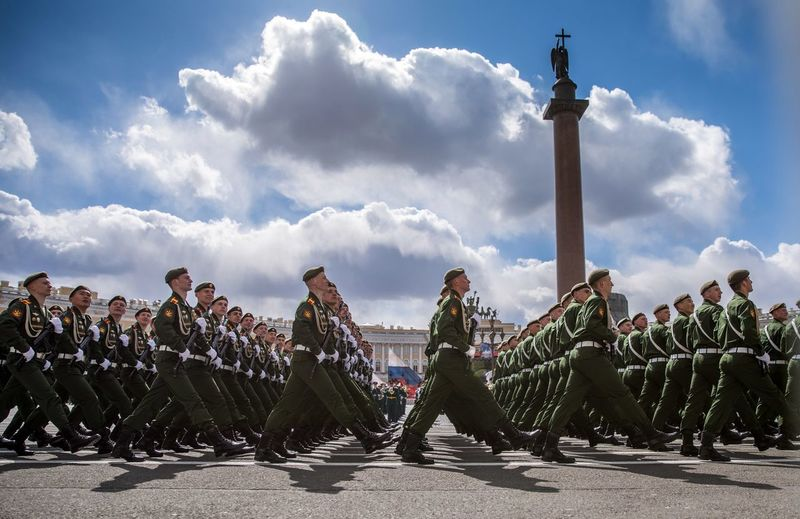 Парад победы 2017 🌟 Army Soldier Military Uniform Military Cloud - Sky Military Parade Only Men Army 9мая 9мая2017 ПарадПобеды Saint-Petersburg Parade The Week On EyeEm