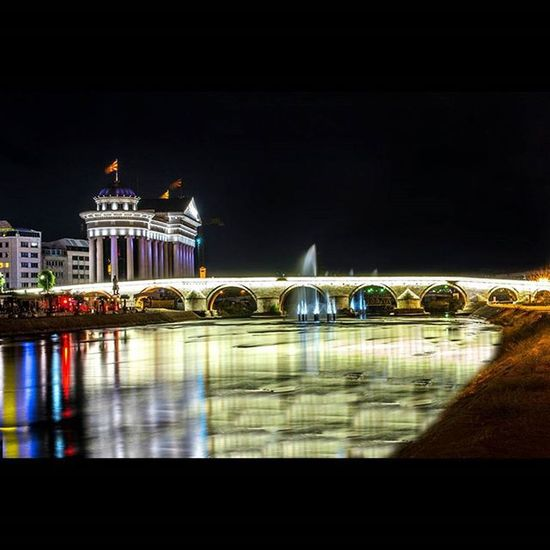 This is the first famous shot i did of my hometown Skopje it was featured on all the major news websites ☺😊 and probably on tons of fb covers Instasize Skopje SkopjeCity Skopje2014 UrbanART Cityscape Cityphotography Cityphoto ФотоНаНеделата инстаграмџии скопје скопје2014 Photography Longexposure фотограф фото Nikon Nikon_photography_ NikonD3100 Nikkor