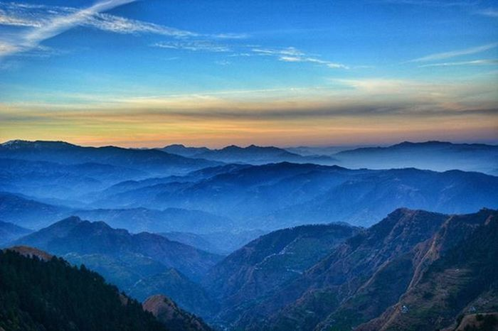 Morning Blues! Sunrise Mandi Himachal Ig_himachal India Travel Wanderlust Mountains Trek Indiapictures Indiaclicks Indiagram India_gram Indiaphotos _soi Igramming_india Travelgram Himanchal Igindia Hills Lonelyplanetindia Incredibleindia Storiesofindia
