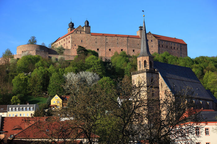 old city and castle Plassenburg and church Petrikirche of Kulmbach, Frankonia, Bavaria, Germany Plassenburg Architecture Building Building Exterior Built Structure Castle Clear Sky Day Fort History Kulmbach Low Angle View Nature No People Old Outdoors Plant Sky The Past Tourism Travel Travel Destinations Tree