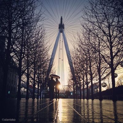 Few days ago on #photowalk with standa_uk we took same shot of #sunset behind #londoneye ???? at the same time with same light ☀☀ So you can judge and compare ??? btw don't forget check his feed ??? #alan_in_london #gf_uk #gang_family #igers_london #insta O2trains Thisislondon Sunset Kewikihighlight_bestsofar Touristlondon Photowalk Gi_uk Igers_london Ig_england LondonEye Love_london Gang_family Ic_cities_london Insta_crew Ig_london London_only Ic_cities_favcity Ic_cities Kewikiedits Ic_crew Gf_uk Alan_in_london Insta_london