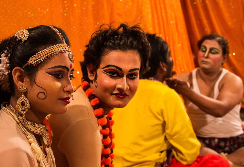 Actor India Makeup Paint The Town Yellow Theater Street Photography Streetphotography Yellow Be. Ready. Business Stories An Eye For Travel