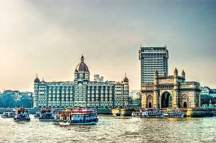Aamchimumbai Mumbai Tajpalace Gateway Colaba Beautiful Lovethisplace Thebestcity Colourful Picture Bestshot 😁😁😀👅😂😂👅