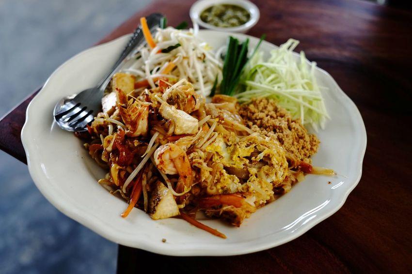 ผัดไท Thai Food Lunch Time! Pudthai Delicious Noodle Plate Vegetarian Food Close-up Food And Drink
