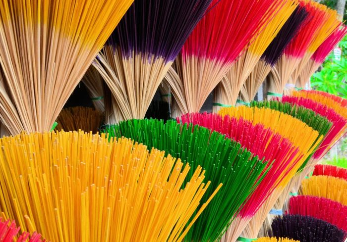 Vietnam Encens Colors