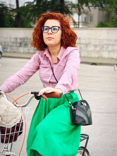 Portrait Of A Woman Portrait Cycling Curly Hair IPhone XS Max Red Hair Riding Around Red Head 35-40 Years Old Bicycling Glasses EyeEm Selects One Person Women Adult Front View Portrait Lifestyles Real People Young Women Glasses Redhead Bag Hairstyle Mature Adult Young Adult Females Looking At Camera Day Three Quarter Length