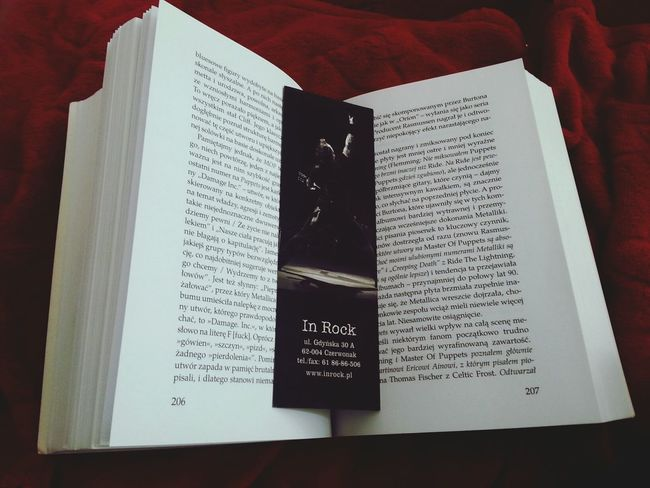 Reading time :) Reading Metallica Biography Reading A Book