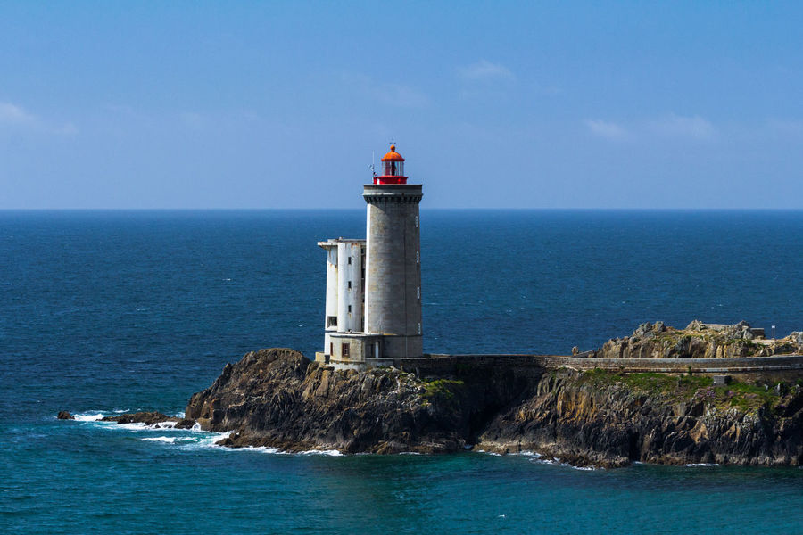Le Phare de Petit Minou. EyeEm Best Shots EyeEm Nature Lover EyeEmNewHere Travel Architecture Beauty In Nature Building Exterior Built Structure Horizon Over Water Lighthouse Nature No People Outdoors Protection Roadtrip Safety Scenics Sea Sky Tower Tranquil Scene Tranquility Water
