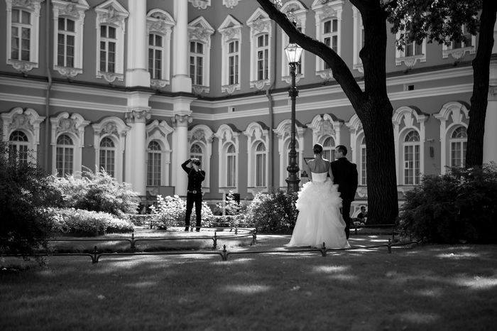 Architecture Building Exterior City Life Lifestyles Mariage Person Russia Russia россия Togetherness