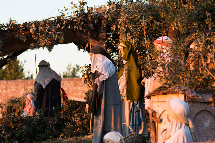 Presepe a Assisi Rural Scene Nature Tree Outdoors Adult Adults Only People Day Presepe All'aperto Nature Sunset Flower Sky Beauty Eye Mountain Photographer Plant Photo Messaging Photography Themes One Person Travel Destinations Archival Men City