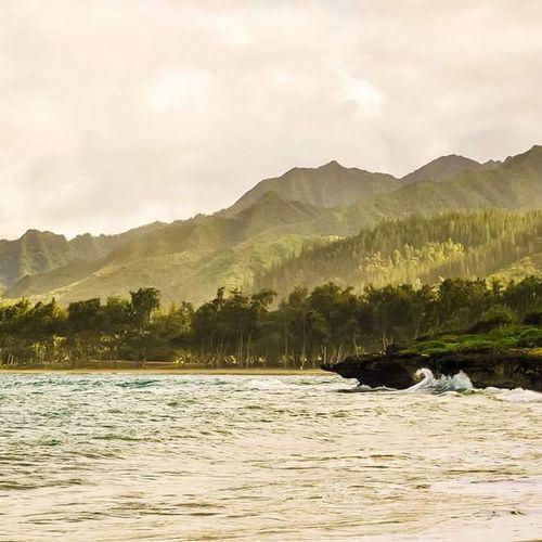The Great Outdoors With Adobe Waimanalo Beach Hawaii Rugged Coastline Bestbeach Mountiansandocean USA