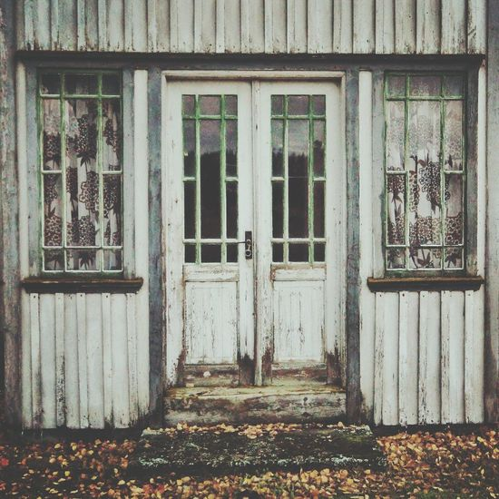 Where nothing changes but the seasons Changes But The Seasons Autumn Colors Door Abandoned Urbex