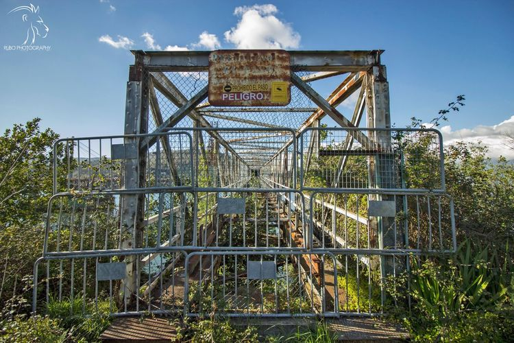 Ruinas de metal.. VIGO. Architecture Sky Day Iron - Metal Outdoors Footbridge Damaged Engineering Cloud - Sky Bridge Railway Bridge Water Landscape_photography Sunset