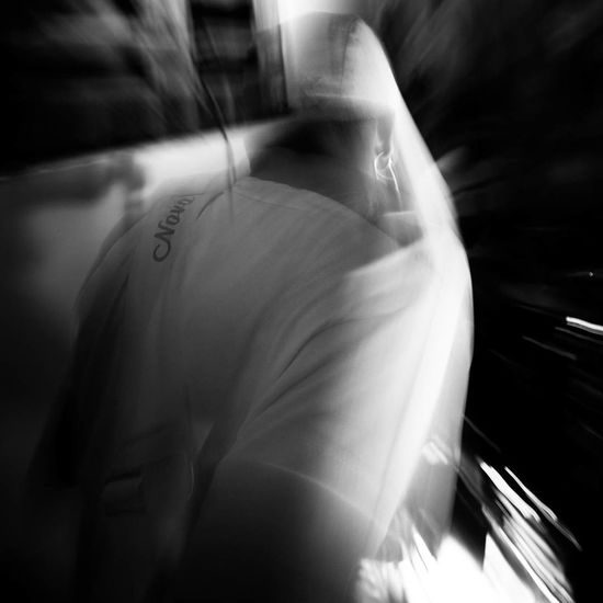 EyeEmNewHere Arts Culture And Entertainment Flash Photography Flash Black And White Pbphoto Long Exposure Vultos Indoorshot Abstractphotography