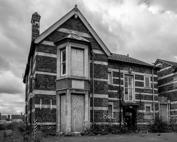 Saint Heliers, High Street, Wellingborough, Northamptonshire Derelict Architecture Black And White FUJIFILM X-T10 Monochrome Wellingborough Northamptonshire