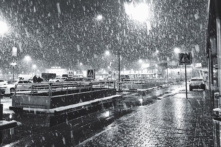 Most people are waiting for the summer and we are still dreaming of warm spring 😄😄😄 Night Illuminated Outdoors Built Structure Architecture Snowing Building Exterior Sky No People City Snow In May Snow ❄ Blackandwhite Black And White Black & White Blackandwhite Photography Streetphotography Street Photography Weather Cold Spring How's The Weather Today?