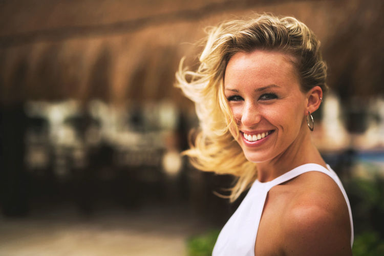Adult Adults Only Beautiful Woman Beauty Blond Hair Cheerful Close-up Day Focus On Foreground Happiness Lifestyles Looking At Camera One Person One Woman Only One Young Woman Only Outdoors People Portrait Real People Smiling Women Young Adult Young Women