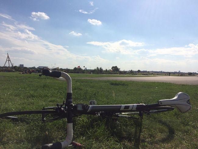 Roadbike Tempelhofer Feld Summer