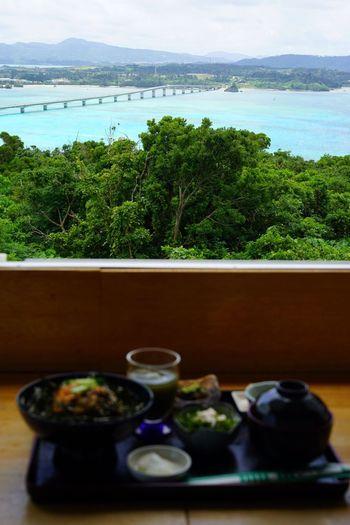 沖縄 ( Okinawa )の 古宇利島 ( Kouri-jima Kouriisland Kourijima )の 村の茶屋 から見た風景です。
