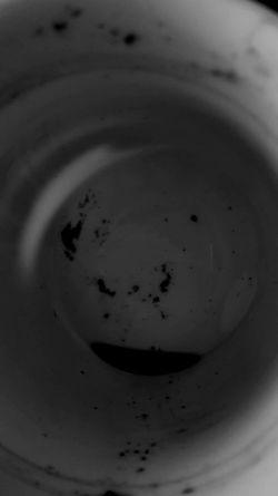 Siempre quise saber que me deparaban los posos de café, ahora se que son la unión entre tu mundo y el mio...y mil formas de decirte lo feliz que soy Black And White Santa Cruz De Tenerife Eyemphotos Eye4photography  Blackandwhite Photography Eyeemblack&white Streetphoto_bw EyeEmBestPics IloveBlackAndWhite Black Iloveblack Igblacknwhite Eyemphotography Deseos Cafe Restos