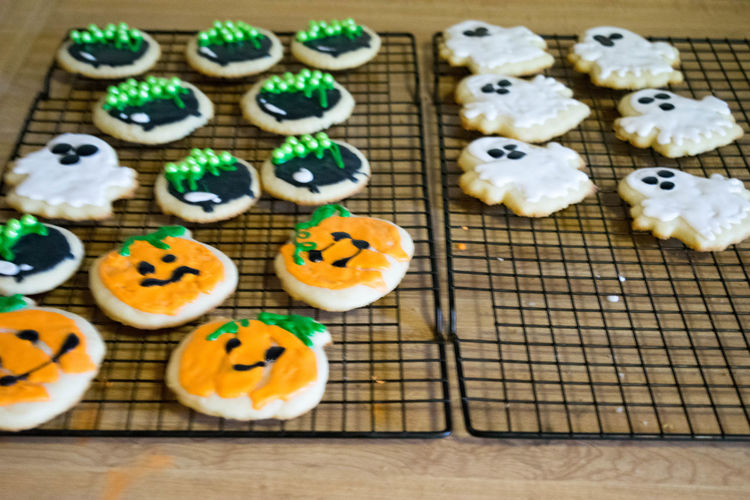 Baked Goods Cookies Halloween Halloween Treats SugarCookies Treats Close-up Cookie Cupcake Day Dessert Festive Food Food And Drink Freshness High Angle View Indoors  Indulgence Large Group Of Objects No People Ready-to-eat Still Life Sugar Cookies Sweet Food Table Temptation Unhealthy Eating Variation