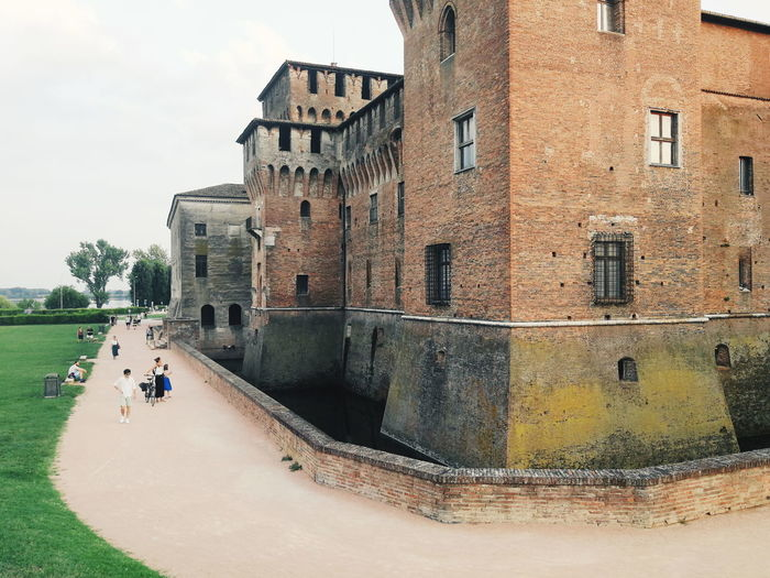 People Castle Mantua Water City Architecture Sky Building Exterior Built Structure