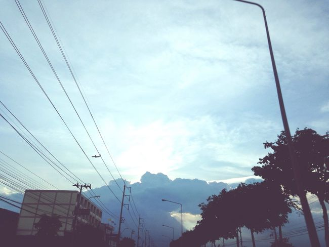 Beatiful Sunset Sundayevening 😊☀️ Nice Day Happy :) and also Misssomeone