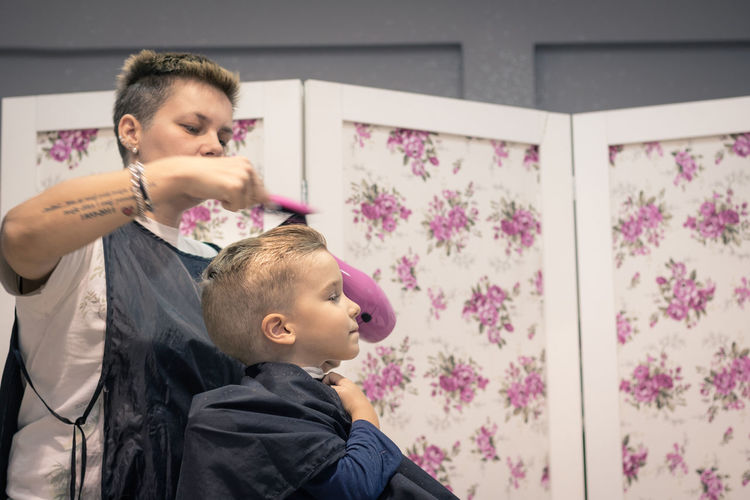 Child Childhood Real People Two People Males  Lifestyles Boys Togetherness Women People Hairdresser Hairstyle Hair Salon Hair Stylist Barber Barbershop Haircut Cutting Hair Styling Kid Boy Blond Hair Hairdressing Salon Caucasian Patience