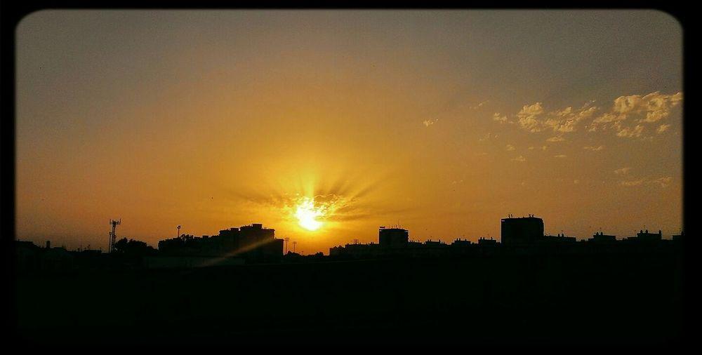 "Sunset #sun #clouds #skylovers #sky #nature #beautifulinnature #naturalbeauty Photography Landscape [ Sunsetsunrise_photo Sunrise Shadows & Lights ""Shadows in the city"""
