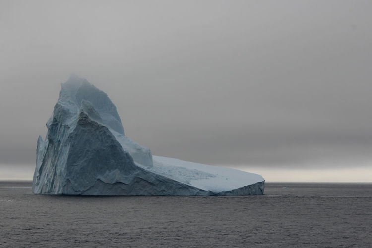 Water Sea Scenics - Nature Sky Tranquil Scene Beauty In Nature No People Tranquility Land Nature Waterfront Beach Cold Temperature Idyllic Ice Environment Outdoors Non-urban Scene Horizon Over Water Antarctica Antartica Iceberg Iceberg - Ice Formation Travel Travel Destinations