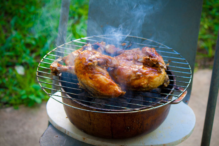 Barbecue Barbecue Grill Focus On Foreground Food Food And Drink Freshness Grilled Healthy Eating Heat - Temperature Meat Roast Chicken Roasted Smoke - Physical Structure