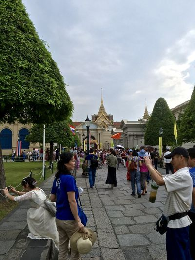 Architecture Buddhism Buddhist Buddhist Temple Building Exterior Built Structure Cloud - Sky Famous Place Large Group Of People Leisure Activity Lifestyles Men Person Place Of Worship Religion Sky Spirituality Thai Tourism Tourist Travel Travel Destinations Tree