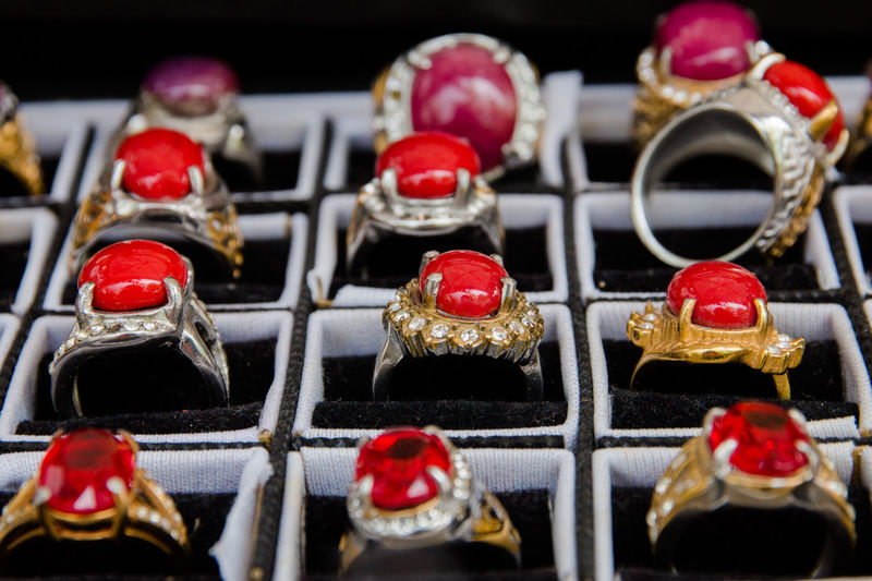 rings Arrangement Art And Craft Choice Close-up Food Food And Drink Human Representation In A Row Indoors  Large Group Of Objects Male Likeness Metal No People Red Representation Retail  Selective Focus Still Life Sweet Sweet Food Temptation