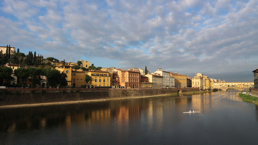 Beautiful Aron Fiume Arno Arno River Peaceful Peace And Quiet Cityscape Reflection Vacations Architecture Cloud - Sky
