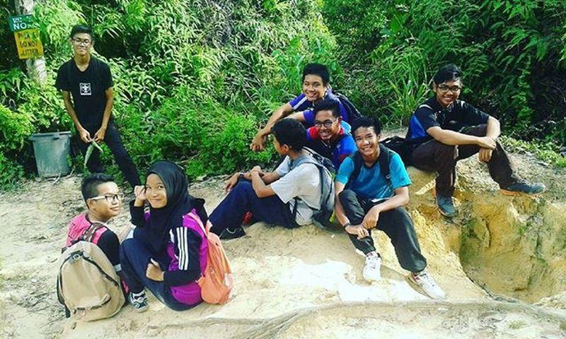 Jungle trekking ♡ seascouts family ♡ Credit to: Syikin @idontknowjstdarnit