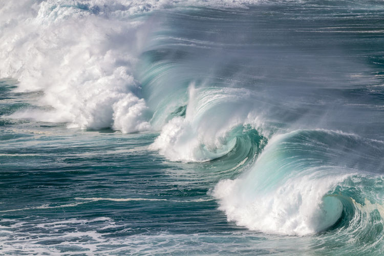 Crashing Waves on the north shore of Oahu Hawaii Big Waves Extreme Oahu Hawaii Surf USA Beauty In Nature Blue Crashing Waves  Day Force Motion Nature No People North Shore Ocean Waves Outdoors Power In Nature Scenics Sea Seascape Travel Destinations Turquoise Waimea Bay Water Wave