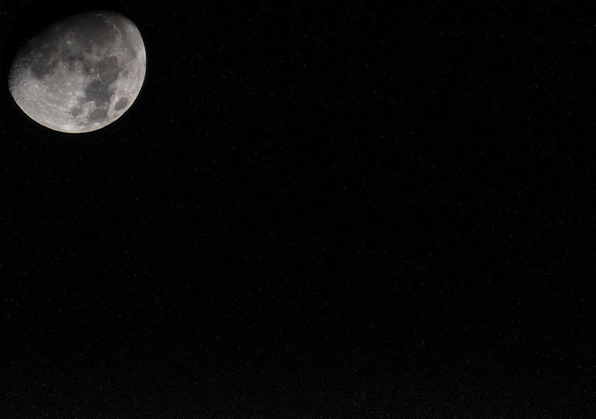Moon seen at Ourém - Portugal Moon Astronomy Beauty In Nature Copy Space Full Moon Half Moon Low Angle View Moon Moon Surface Moonlight Nature Night No People Outdoors Planetary Moon Scenics Sky Space Space Exploration Tranquility