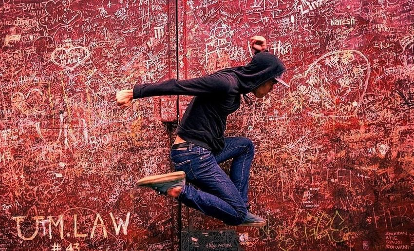 Eyeemphotography One Man Only Streetphoto Urban Jumping Igerphoto