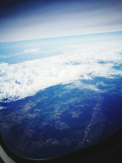 Airplane Flying Travel Sky Window Blue 🛫✈️🤘🏻☄🌜 🛫. 🛬. Den Haag, Netherlands Rotterdam Viena, Austria 🙏🌱🌞☁