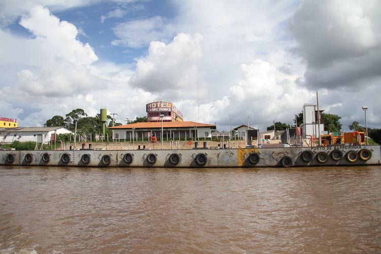 Cidade de Barreirinha no Amazonas, frente da Cidade. Manaus Amazonas Brazil EyeEm Selects Nautical Vessel Water City Multi Colored River Politics And Government Sky Architecture Cloud - Sky