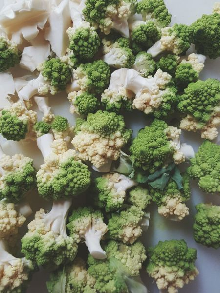 Romanesco broccoli Freshness Green Color Food Healthy Eating Broccoli Vegetable Bunch Organic No People Romanesco Broccoli Cooking At Home Healthy Food Healthy Cooking Healthy Living Fibonacci Ratio Beautifully Organized