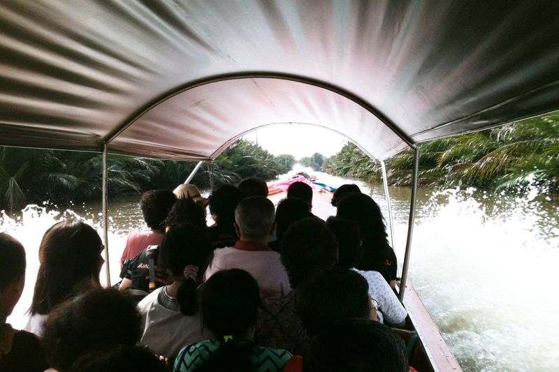 By the canel Boat Trip Trasportation Passengers Canel Bangkok Quick Way Fast Boat Chop Chop Travel Winging