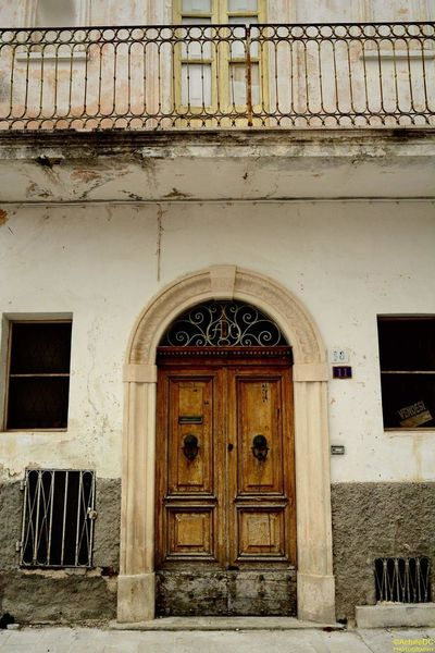 Scenics Traditional Pacentro Photo Italy Pacentro Village View Borghipiúbelliditalia Abruzzo - Italy Famous Place Italy Tradition Built Structure History Tranquil Scene Idyllic Landscape Landscapes With WhiteWall Cultures Spirituality Architecture Door Doors Lover