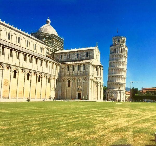 Italien 🇮🇹 Pisa Schiefer Turm Italien Architecture Built Structure Building Exterior Clear Sky Grass Day History