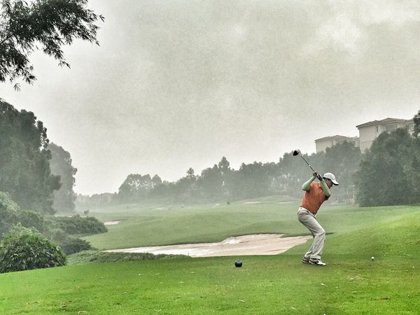 Raining day for golfing